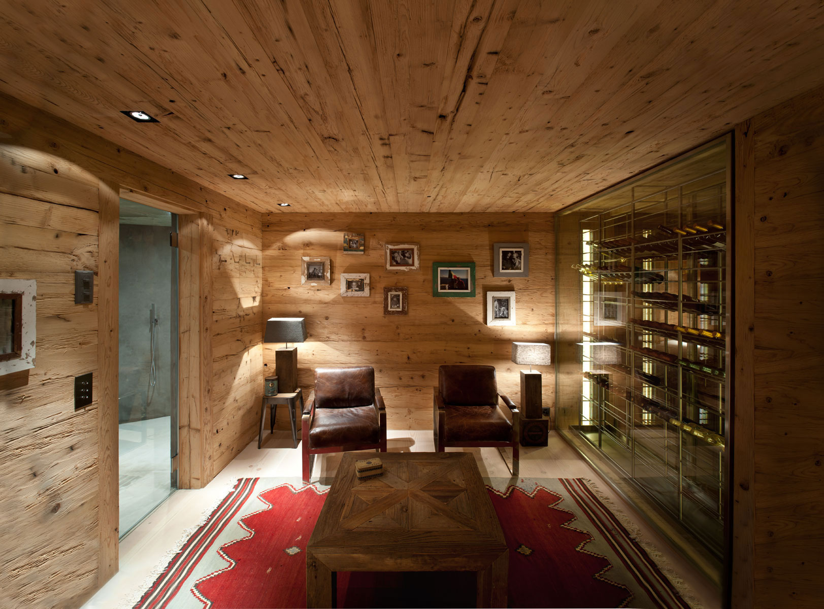 Дизайн в комнате из дерева