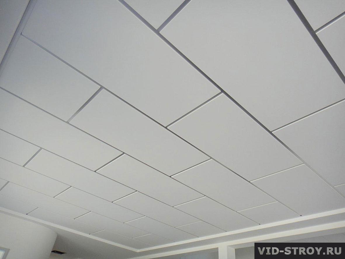 стильные подвесные потолки