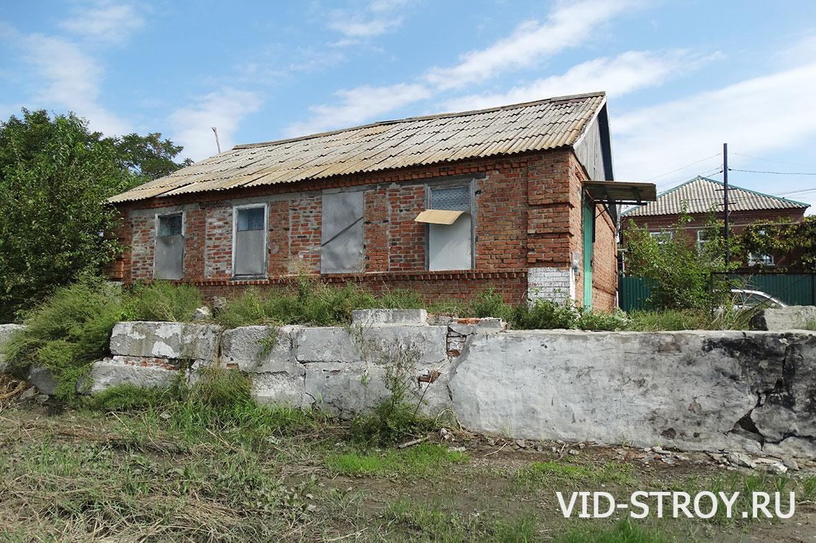 Фасад старого дома