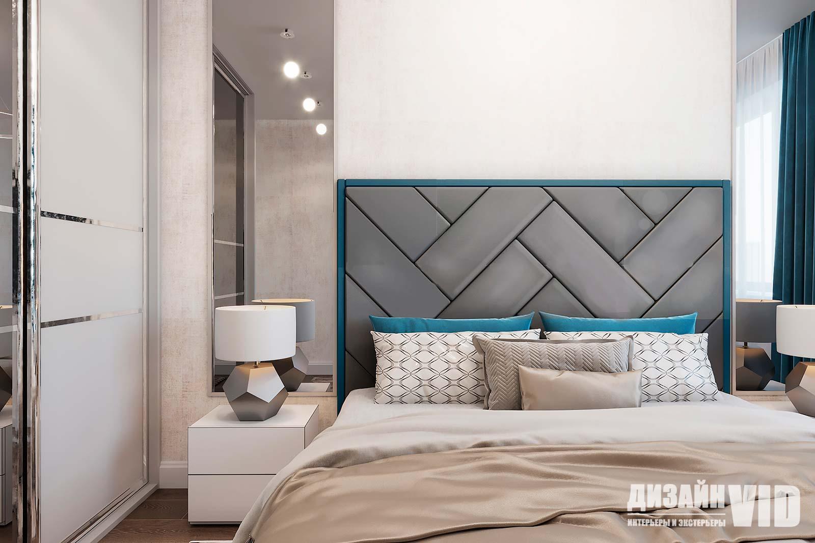 современная спальня с зеркалами на стене