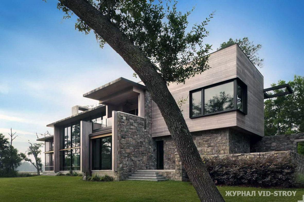 современный дом с отделкой из натурального камня