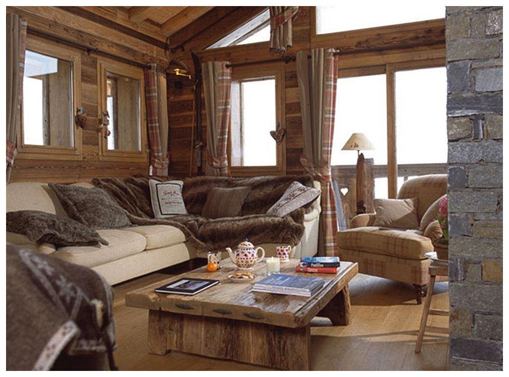 уютная гостинная в стиле шале