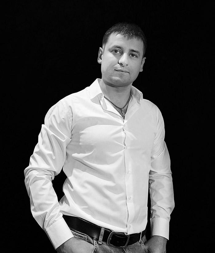 Арташов Денис